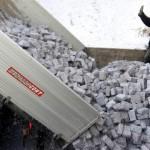 En Hungría los pobres se calientan con billetes