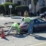 Un conductor atasco su Porsche en cemento fresco